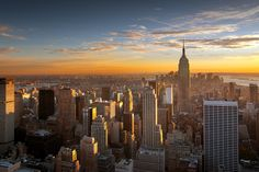 There's nothing quite like watching the sun set over #NewYorkCity. Wanna get the best views? Some places might surprise you: http://www.nyhabitat.com/blog/2014/12/29/top-5-spots-watch-sunset-new-york/