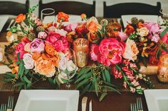 gold and pink tablescape ideas