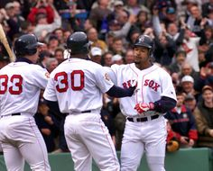 2000: Manny Ramirez blasts home run on first pitch he sees with Red Sox at Fenway Park
