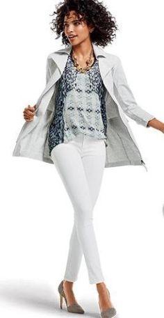 CAbi white skinny jean style #219 size 6 spring 2015 NWT $108 cotton blend #CAbi #SlimSkinny #CAbiSpring2014 #CAbiStyle#219 #WomenFashion