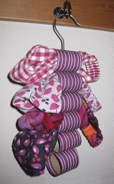 Como guardar cachecol e lenços