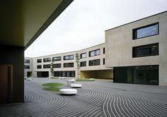 Boegli Kramp Architekten AG, Georg Aerni · Broye Inter-Cantonal Secondary School