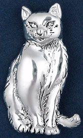 """Cat Pin подвеска   $ 12.95 кошка сидит, с улыбкой на лице и дерзко смотрит вам в глаза Этот вывод очень мелких деталей серебра над олова, и измеряет 2 1/4 """"от хвоста до пальцев ног и 1 3/8"""""""