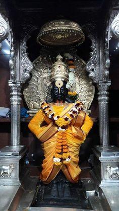 Avatar of Vishnu. Lord Shiva Hd Wallpaper, Lord Vishnu Wallpapers, Flower Wallpaper, Wall Wallpaper, Swami Samarth, Radha Krishna Wallpaper, Indian Art Paintings, Goddess Lakshmi, God Pictures