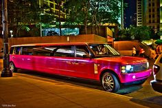 Cannot contain my need for this hot pink Range Rover stretch limo. Luxury Car Rental, Luxury Suv, Range Rover Evoque, Range Rover Sport, Stretch Limo, Pink Range Rovers, Ranger, Wedding Limo Service, Chicago