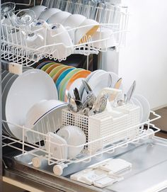 How to Load a Dishwasher - Dishwasher Uses