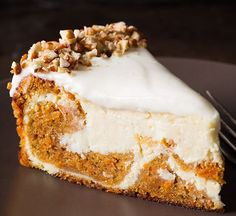 Carrot Cake Cheesecake | 14 Dreamy Carrot Cake Recipes | Healthy And Delicious DIY Desserts, Definitely Worth A Try : http://homemaderecipes.com/14-carrot-cake-recipes/