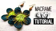 The picture called Aros flor redonda Macrame Colar, Macrame Rings, Macrame Owl, Macrame Knots, Macrame Bracelets, Macrame Earrings Tutorial, Earring Tutorial, Diy Earrings, Crochet Earrings