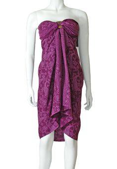 This violet and magenta pink print sarong is so pretty. Magenta, Purple, Pink, Blouse, Pretty, Clothing, Beautiful, Tops, Women