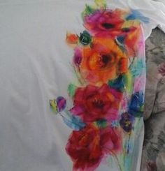 39 Ideas For T-shirt Painting Rubbing Alcohol T Shirt Painting, Fabric Painting, Fabric Art, Fabric Crafts, Tshirt Painting Ideas, Watercolor Fabric, Dot Painting, Alcohol Ink Crafts, Alcohol Ink Painting