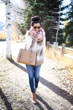 The Sweetest Thing: Autumn & Faux Fur Fur Vest Outfits, Casual Outfits, Cute Outfits, Fashion Outfits, Fashion 2016, Fashion Hair, Ootd Fashion, Fashion Ideas, Fall Winter Outfits