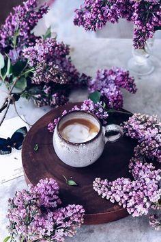 Morning Coffee: A Great Start Of Every Day - Coffee time - coffee Recipes Coffee Girl, I Love Coffee, Coffee Break, Monday Morning Coffee, Morning Coffee Funny, Wednesday Morning, Coffee Humor, Coffee Quotes, Café Chocolate