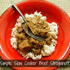 Simple Slow Cooker Beef Stroganoff - 1 of 7 meals in 1 hour - a really tasty crock pot freezer meal!  Must Pin!