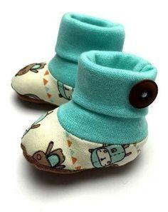 Babysöckchen für den Sommer oder gefüttert im Winter - Schnittmuster und Nähanleitung via Makerist.de