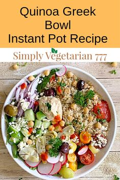 This Instant Pot Mediterranean Quinoa Salad is yum, easy, & quick Healthy Salad Recipe. This Quinoa Salad is great for your busy weeknights or light lunch. Greek Quinoa Salad, Quinoa Salat, Mediterranean Quinoa Salad, Quinoa Salad Recipes, Mediterranean Diet Recipes, Vegetarian Recipes, Healthy Recipes, Vegetarian Cooking, Instant Pot
