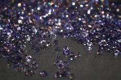 Streudeko 50g Kristall Diamanten, violett,DM 4,3mm, Tischdeko, Hochzeitsdeko,glitzer,Strasssteine, von Pompompous auf Etsy