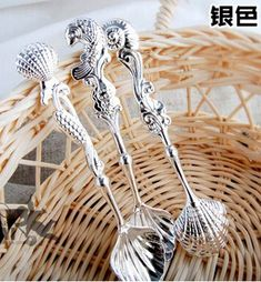 The Loving Spoon Lots Zinc Alloy 3 Color Retro Shell-Shaped Spoon Stirring Coffee Tea Spoons Carving Truncheon Retro Tableware Kitchen Accessories
