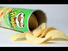 Cancer-in-a-Can? The horrific true story of how Pringles are made - Well, i knew that taste was too good to be true! No more Pringles for me! Health And Nutrition, Health And Wellness, Health Tips, Health Fitness, Single As A Pringle, New Recipes, Healthy Recipes, Luxury Food, Sour Cream And Onion