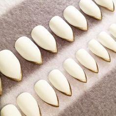 White Stiletto Faux Nails Gold Tips