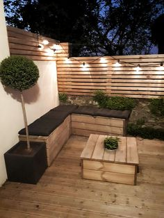 large DIY wooden terrace guinguette large DIY wooden terrace guinguette The post large DIY wooden terrace guinguette appeared first on Terrasse ideen. You are in the right place about garden decoration natural Here we offer … Outdoor Decor, Diy Outdoor, Backyard Design, Garden Seating, Small Backyard, Wooden Terrace, Small Garden Design, Patio Design, Backyard Furniture