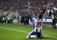 O FC Porto venceu esta noite o Sporting por 2-1.