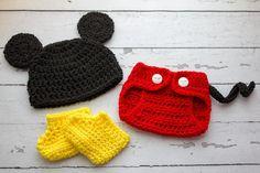Mickey Mouse set pattern - via @Craftsy