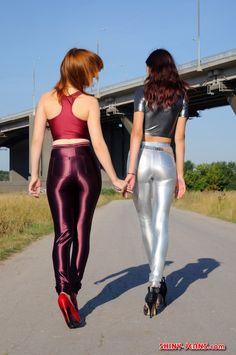 179 meilleures images du tableau disco pants disco pants spandex et leotard tops - Habiller des filles gratuit ...