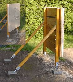 How to make a sturdy target for knife throwing. Browse durable target designs (including blueprints), and learn about the best wood for knife throwing targets. Outdoor Shooting Range, Shooting Bench, Outdoor Range, Outdoor Fun, Throwing Knife Target, Knife Throwing, Diy Archery Target, Archery Hunting, Archery Range