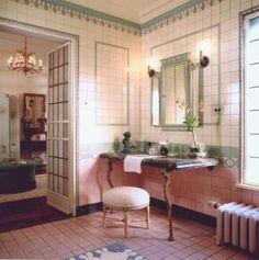 Art Deco Bathroom, 1920s Bathroom, Bathroom Ideas, Vintage Bathrooms, Vintage Interiors, Vintage Room, Style Tile, Living Spaces, House Design