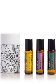 The doTERRA Touch Trio features 10 mL bottles of your favorite essential oils and blends. doTERRA Balance, doTERRA Serenity and Helichrysum come together in a beautifully packaged trio. Essential Oil Pack, Essential Oil Companies, What Are Essential Oils, Essential Oil Blends, Doterra Serenity, Holiday Essentials, Copaiba, Fractionated Coconut Oil, Doterra Essential Oils
