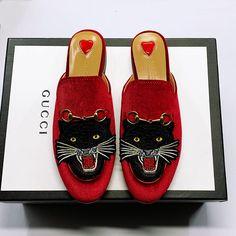 Guccl New Womens Mens 18059955283 Gucci Designer, Designer Shoes, Gucci Shoes, Men's Shoes, Boho Sandals, Rachel Zoe, New Product, Cartier, Latest Fashion