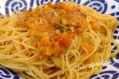 Capellini con salsa picante de verduras.