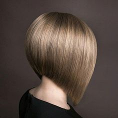 "It can not be repeated enough, bob is one of the most versatile looks ever. We wear with style the French ""bob"", a classic that gives your appearance a little je-ne-sais-quoi. Here is ""bob"" Despite its unpretentious… Continue Reading → Inverted Bob Haircuts, Best Bob Haircuts, Angled Bob Hairstyles, Bob Hairstyles For Fine Hair, Trending Haircuts, Latest Hairstyles, Line Bob Haircut, Bob Haircut With Bangs, Lob Haircut"