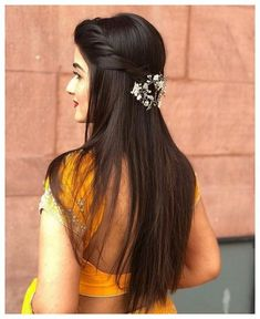 Wedding Hairstyles With Flowers Braid Curls Updo 30 Ideas For 2019 Saree Hairstyles, Open Hairstyles, Indian Wedding Hairstyles, Back To School Hairstyles, Bride Hairstyles, Hairstyles Haircuts, Indian Hairstyles For Saree, Bridal Hair Buns, Bridal Hairdo