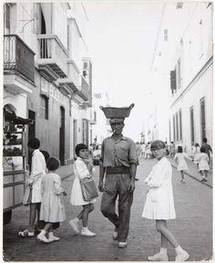 Puerto de Santa María 1955 Santa Maria, Ramones, Vintage Photography, Street Photography, Photo Report, Documentary Photography, Documentaries, Spanish, Street View