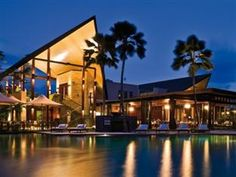 OZT Restaurant @ Niramaya Villas and Spa Port Douglas - Chef Elizabeth Fines