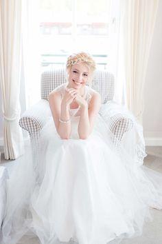 Boudoir-Romantik am Hochzeitsmorgen EXPRESSION PHOTOS http://www.hochzeitswahn.de/inspirationsideen/boudoir-romantik-am-hochzeitsmorgen/ #bride #wedding #dress
