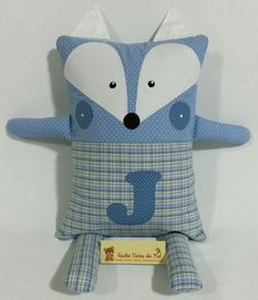 Naninha Raposa Mais Diy Sewing Projects, Sewing Crafts, Old Fashioned Toys, Pillow Pals, Fabric Animals, Operation Christmas Child, Baby Pillows, Sewing Toys, Animal Pillows