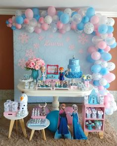 If you love the Frozen movie and you are about to give a party you are in luck, today we bring you several Frozen party decoration ideas. Frozen Themed Birthday Party, Disney Frozen Birthday, Girl Birthday, Happy Birthday, Birthday Parties, Turtle Birthday, Turtle Party, Frozen Party Decorations, Birthday Party Decorations