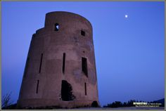 La Torre spagnola di San Giovanni, risalente alla metà del 1600, domina la spiaggia di Melisenda. L'altezza della Torre è di m. 11, il diametro di base misura m. 12,30.