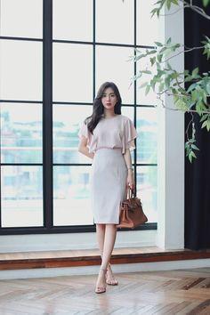 daily 2018 feminine & classy look milkcocoa s Korean Fashion Teen, Korean Fashion Dress, Ulzzang Fashion, Korean Outfits, Asian Fashion, Fashion Dresses, Punk Fashion, Lolita Fashion, How To Look Classy