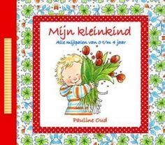 Leuk boek voor Oma en Opa; Mijn Kleinkind van Pauline Oud. Opa en oma zien dingen net weer wat anders als jou en zo kunnen zij ook de bijzondere momenten vastleggen van je kindje. Ook staan er leuke vragen over jezelf die ze uiteraard ook moeten beantwoorden. Leuk terug lezen voor jou maar ook zeker voor je kindje later!