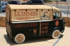 Citroen H Van in Caleta De Fuste, Fuerteventura Citroen Van, Citroen Type H, Vintage Vans, Vintage Trucks, Classic Motors, Classic Cars, Catering Van, Cool Vans, Busse