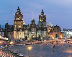 ELLE DECOR Goes to Mexico City: The Zócalo, Mexico City's central square.