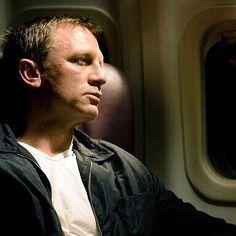 """Daniel Craig"""