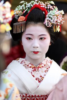 A junior Maiko during the month of December