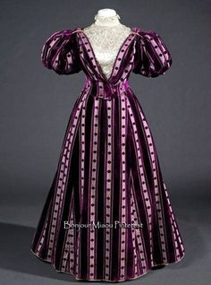 Dress, Barcelona, ca. 1895. Silk velvet & satin with embroidery in silk, faux pearls, and metal. Museu del Disseny del Barcelona Facebook