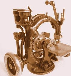 More intricate victorian sewing machines from Steampunk Inspirations blog