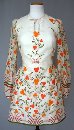 Cotton printed mini dress by Betty Barclay (inspired by Celia Birtwell prints for Ossie Clark), British, 70s Fashion, Fashion History, Fashion Prints, Vintage Fashion, Whimsical Fashion, Informal Attire, Celia Birtwell, Ossie Clark, Retro Dress