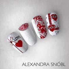 Valentine's Day Nail Designs, Christmas Nail Art Designs, Holiday Nail Art, Cute Nail Art, Cute Nails, Pretty Nails, Cute Christmas Nails, Xmas Nails, Romantic Nails